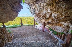 shiva cave meditation